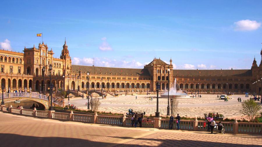 Actualidad Actualidad Los hoteles de Sevilla suben los precios para esta Semana Santa